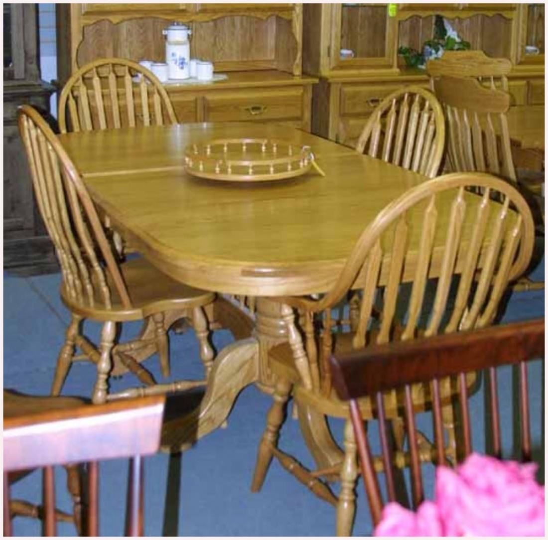 Oak Mennonite Pedestal Table Amp Chairs